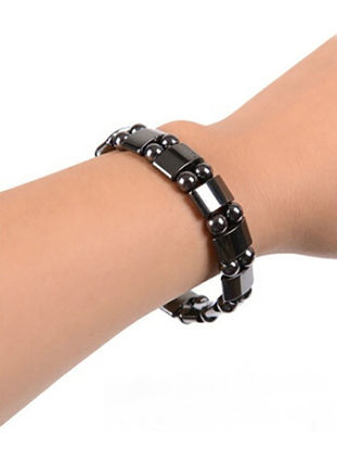 Picture of 1 Pc Round Black Stone Magnetic Therapy Bracelet Health Care Hematite Stretch Bracelets