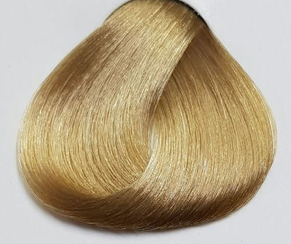 Picture of LAKME hair dye collage10/30 - Blonde Platinum golden