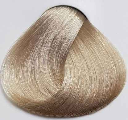 Picture of LAKME hair dye collage12/20 -  bright blond pearly super