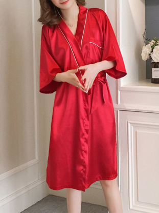 Picture of Women's Sleep Robe Silk Like Three Quarters Sleeve Letter Comfy Home Robe - Size: Free