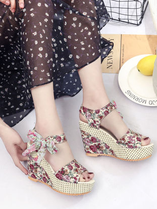 Picture of Women's Wedge Sandals Stylish Floral Open Toe Women's Shoes - 38