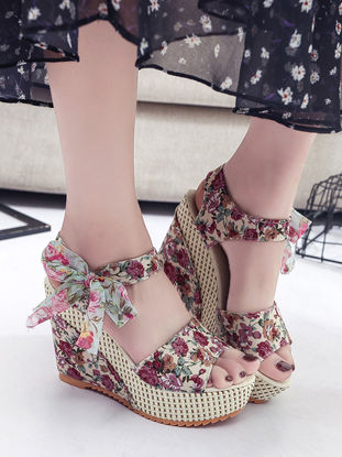 Picture of Women's Wedge Sandals Stylish Floral Open Toe Women's Shoes - Size: 38