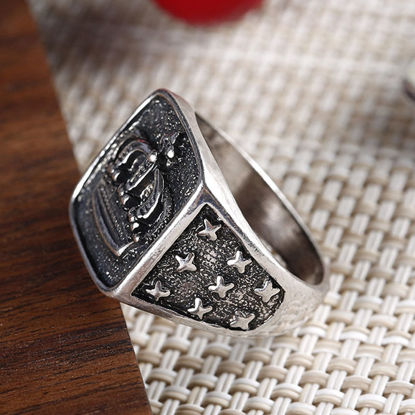 Picture of Men's Ring Retro Style Crown Pattern Fashion Accessory - Size: 10